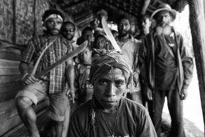 Hexenjagd in Papua Neuguinea - eine Foto- und Textreportage von Bettina Flitner