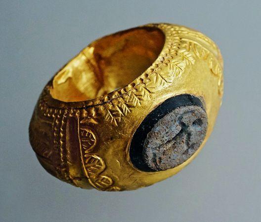 50 Jahre – 50 Funde. Die schönsten Entdeckungen der Archäologie Baselland