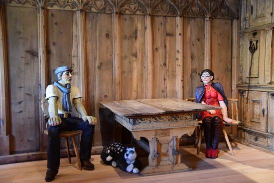 Art viva in stüvas veglias. 7 artists invited to the Engadine Museum
