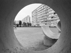Grosssiedlungen im Pressebild: Hoffnungsträger oder Symbol der Wachstumskritik?