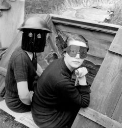 Lee Miller – A Photographer Between War and Glamor