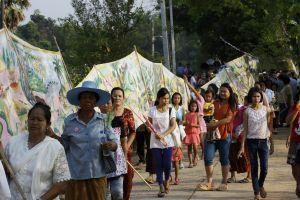 HinGabe. Das Vessantara-Epos in Rollbildern und Dorffesten Nordost-Thailands