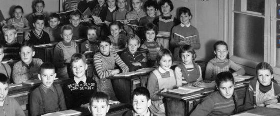 «Ab id Schuel!» Belper Schulgeschichte(n)