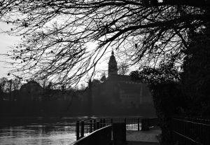 Philipp Fuchs fotografiert Spuren in Erwins Laufenburg