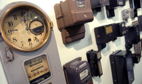 Elektrizitätszähler aus unterschiedlichen Zeiten