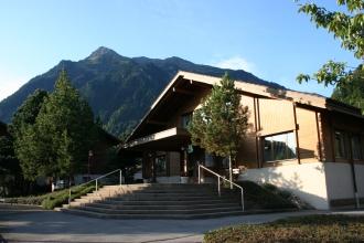 Das Museum ist im Haus der Gemeindeverwaltung.