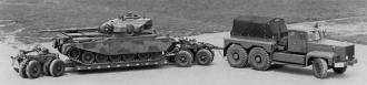 Schlepper Atlantic GR7 6x4 mit Tiefbettanhänger + Centurion