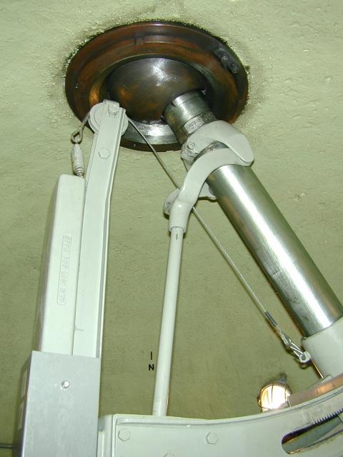 Die Werksbewaffnung: 8.1 cm Fest Mw