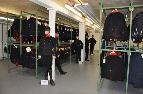 Sammlung Uniformen in Thun