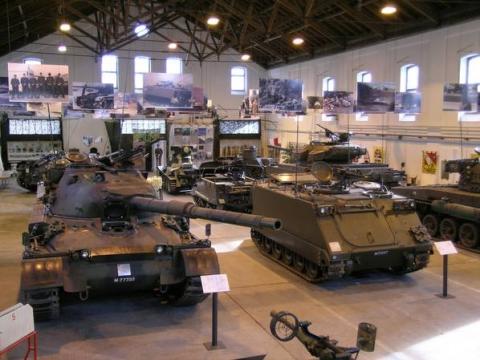 Sammlung Panzerfahrzeuge in Thun
