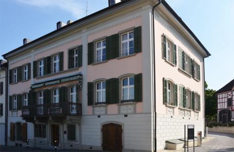 Haus Phönix, das Haupthaus des Vinorama Museum Ermatingen