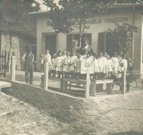 La sede dell\'ACVC nel 1920 ca., quando ancora era un asilo