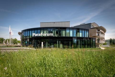 ParaForum