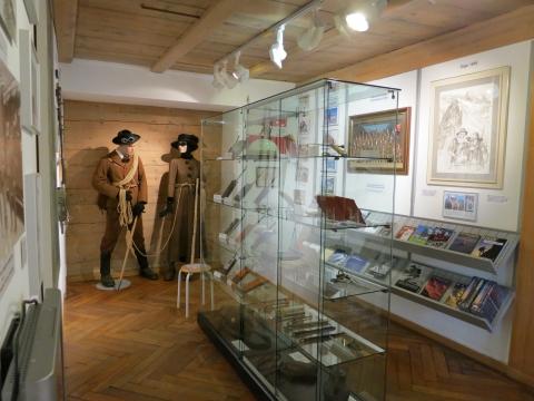 Bergsteigen nimmt im Museum einen wichtigen Platz ein.