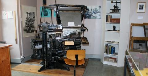 Bleisetzmaschine der Marke Linotype.