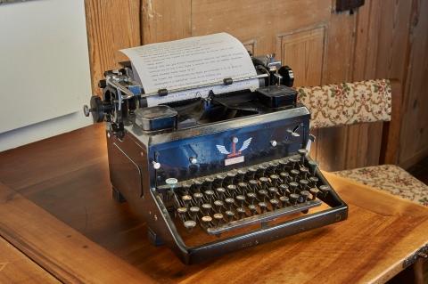 Gfeller Schreibmaschine