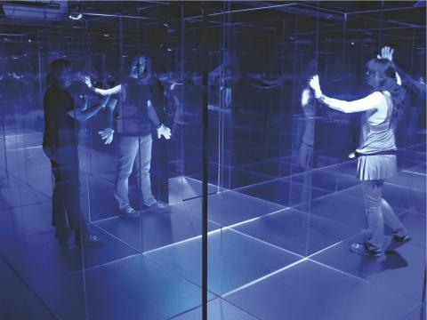 Das einzige Glas-Labyrinth der Schweiz