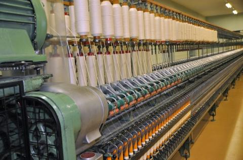 Herstellung eines Baumwollgarns auf einer Ringspinnmaschine
