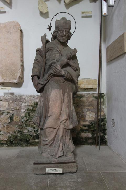 Statue de St-Jean Népomucène originale