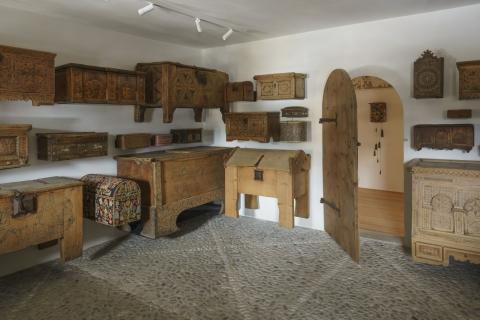 Schausammlung Chambrina: Truhen, Schatullen und Behältnisse