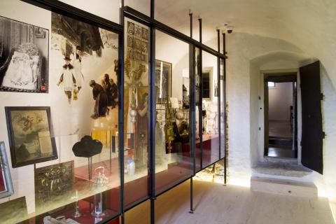 Erdgeschoss, Archivraum, Ausstellung \