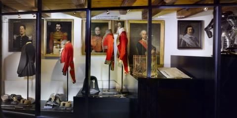 Service étranger © Musées cantonaux du Valais; J.-Y. Glassey