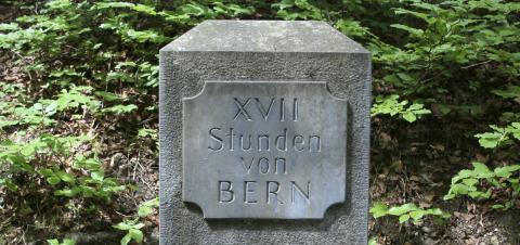 Stundensteine wiesen dem Wanderer den Weg um 1780