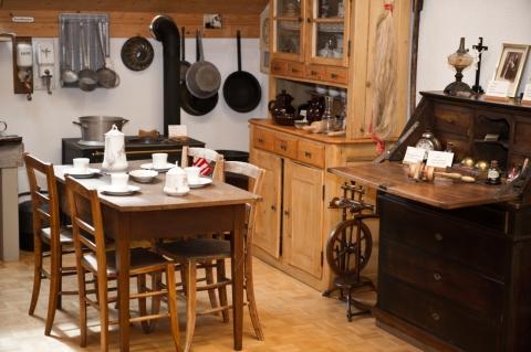 Küchenutensilien aus Nunningen (c) Manuel Stettler