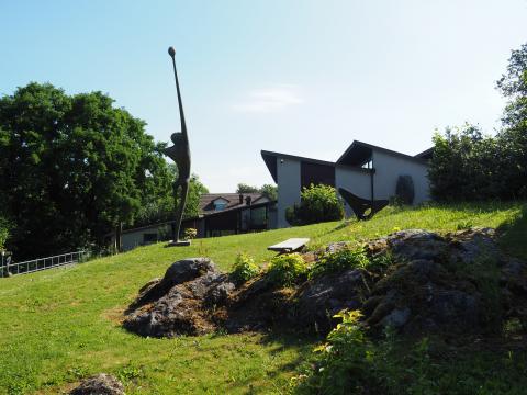 Der Skulpturengarten und das Rehmann-Museum