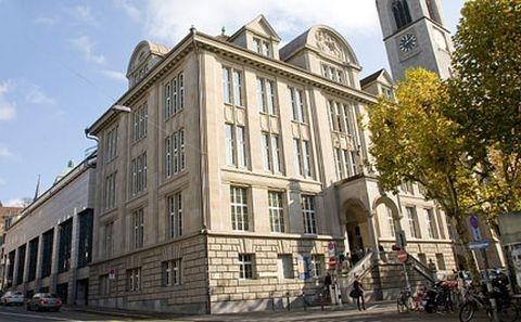 Der Altbau der Zentralbibliothek
