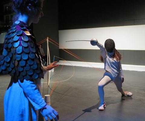 Performancekunst – schlagkräftig und stichhaltig