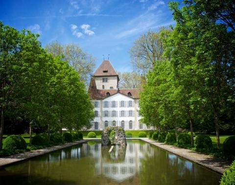 Schloss Jegenstorf, die Berner Barockperle in der Parkoase.